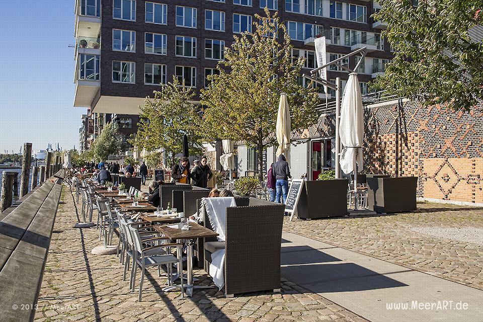 """""""Bootshaus"""" in der Hamburger HafenCity // Foto: MeerART"""