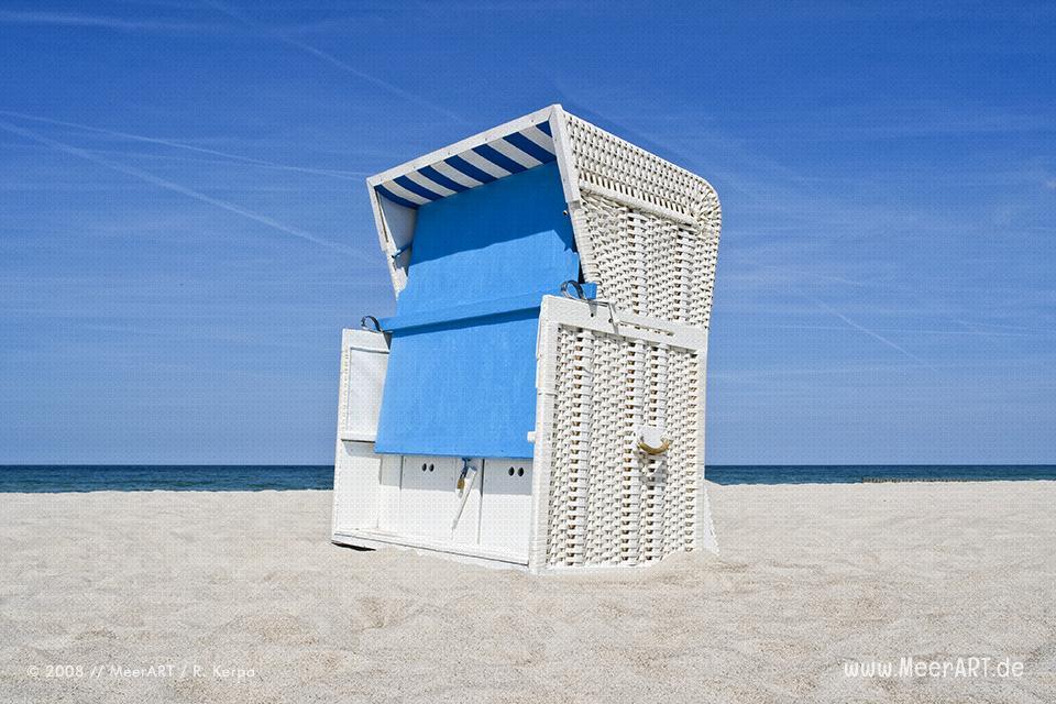 Strandkorb am Strand bei Ahrenshoop // Foto: R. Kerpa