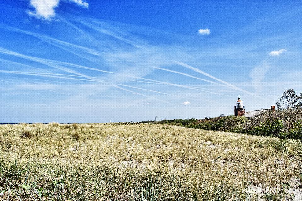 Leuchtturm an der Ostsee Wustrow // Foto: MeerART