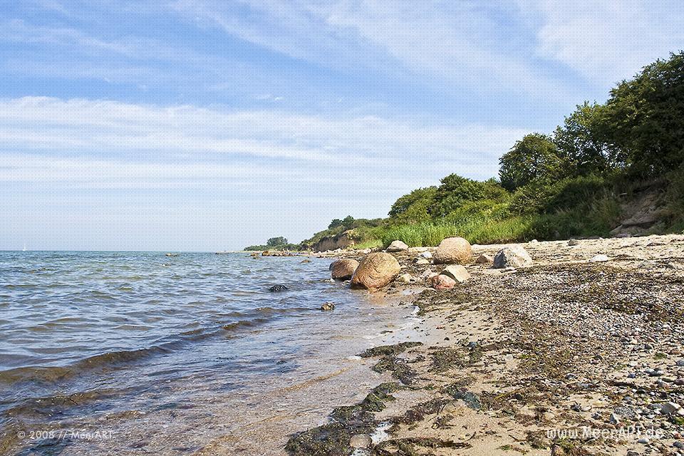 Strand in der Lübecker Bucht auf der Halbinsel Priwall // Foto: MeerART