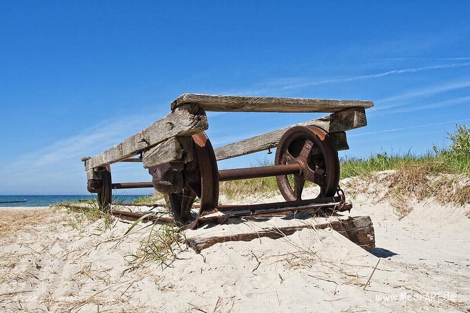 Eine alte Slipanlage an einem Strand an der Ostsee // Foto: R. Kerpa