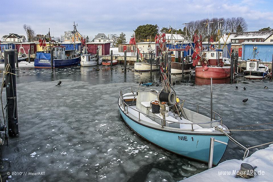 Niendorfer Hafen an der Ostsee // Foto: MeerART