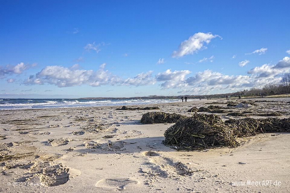Ein sonniger Herbsttag an der Ostsee in Boltenhagen // Foto: MeerART