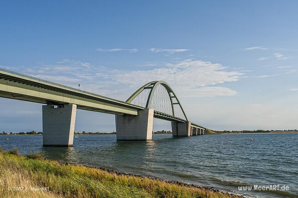 Die Fehmarnsundbrücke // Foto: MeerART