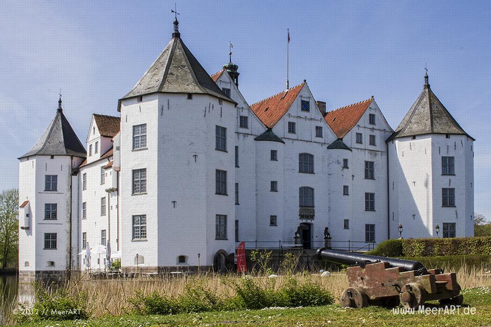 Das Schloss Glücksburg // Foto: MeerART