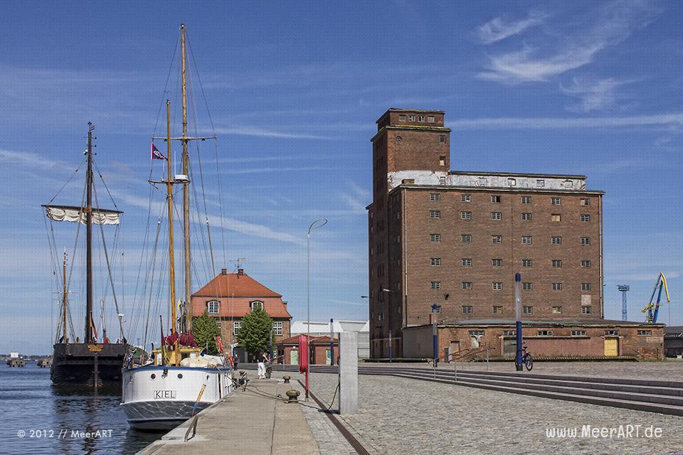 Impressionen aus der alten Hansestadt Wismar // Foto: MeerART