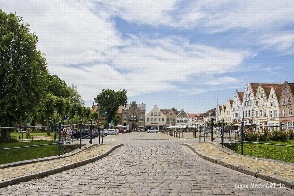 """Impressionen Friedrichstadt der schönen """"Holländerstadt"""" an der Nordsee // Foto: MeerART"""