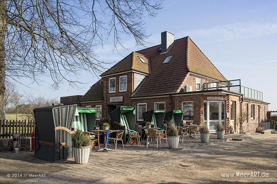 """Besuch auf dem Ferienhof Bendfeldt """"Bauer Martin"""" in Bliesdorf an der Ostsee // Foto: MeerART"""