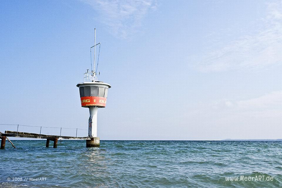 Rettungsturm an der Ostsee bei Travemünde // Foto: MeerART