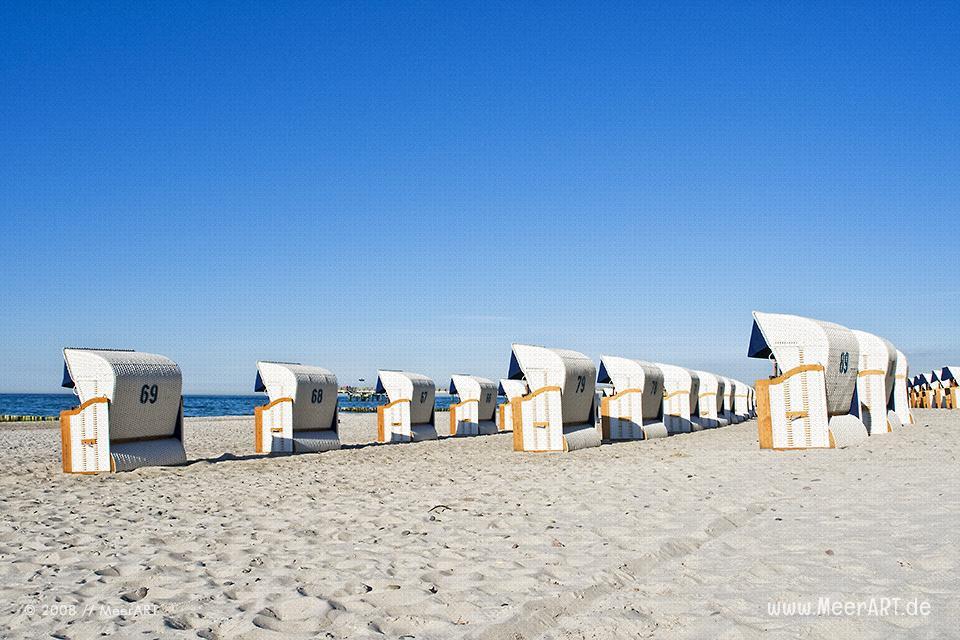 Strandkörbe am Strand von Heiligendamm // Foto: MeerART