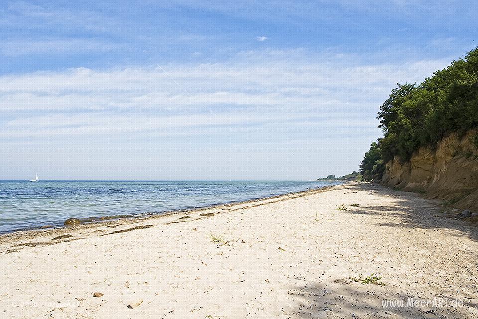 Strand in der Luebecker Bucht // Foto: MeerART