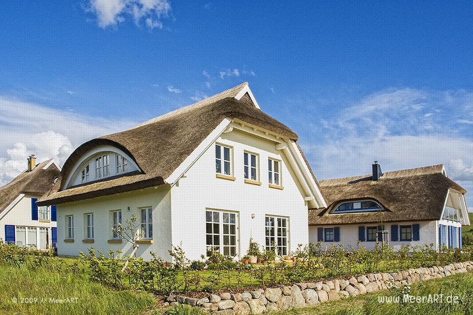 Ferienhäuser auf der Ostseeinsel Rügen in Gager // Foto: MeerART