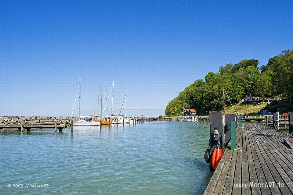 Jachthafen von Lohme auf der Insel Rügen // Foto: MeerART