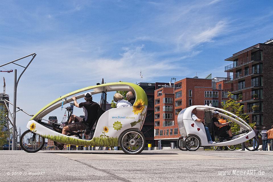Fahrradtaxis in der HafenCity in Hamburg // Foto: MeerART