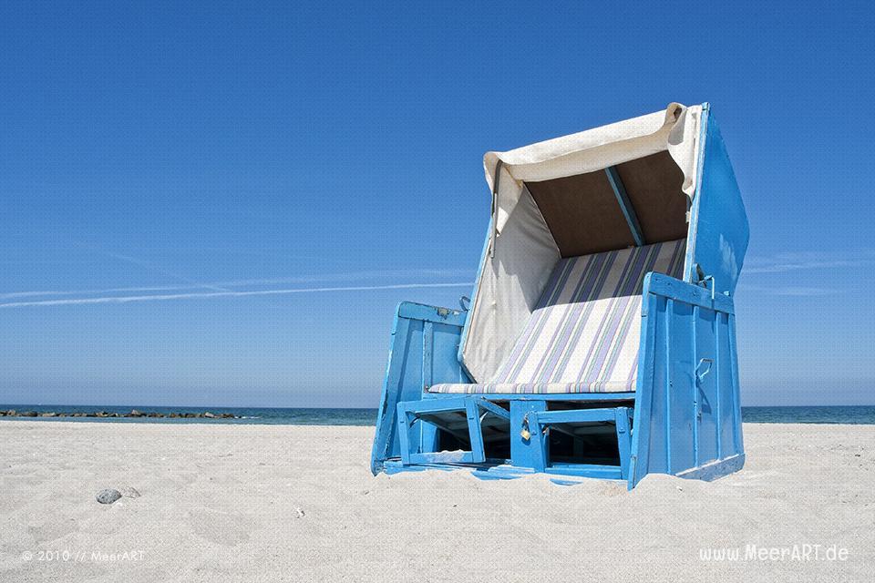 Strandkorb an einem Strand an der Ostsee // Foto: MeerART