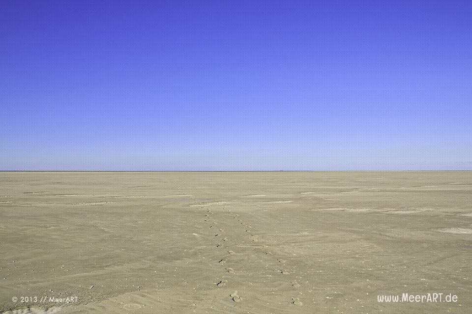 Die endlose Weite am Strand von Westerhever bei Niedrigwasser // Foto: MeerART