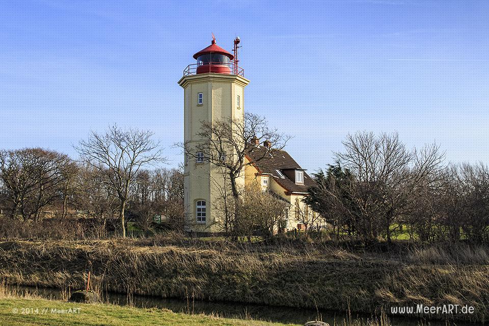 Der Leuchtturm in Westermarkelsdorf auf der Ostseeinsel Fehmarn // Foto: MeerART