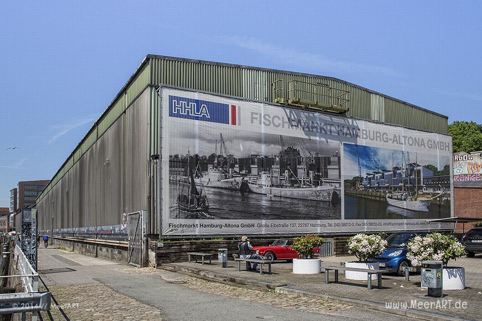 Altonaer Fischmarkt im Hamburger Hafen // Foto: MeerART