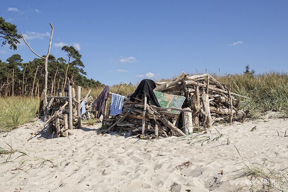 Strandabschnitt am idyllischen Weststrand bei Ahrenshoop auf Fischland-Darss // Foto: MeerART