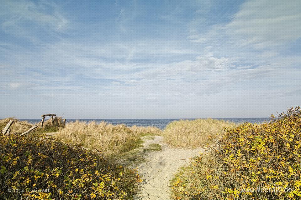 Zugang zum Strand an der Ostsee in Heiligenhafen-Graswarder // Foto: MeerART