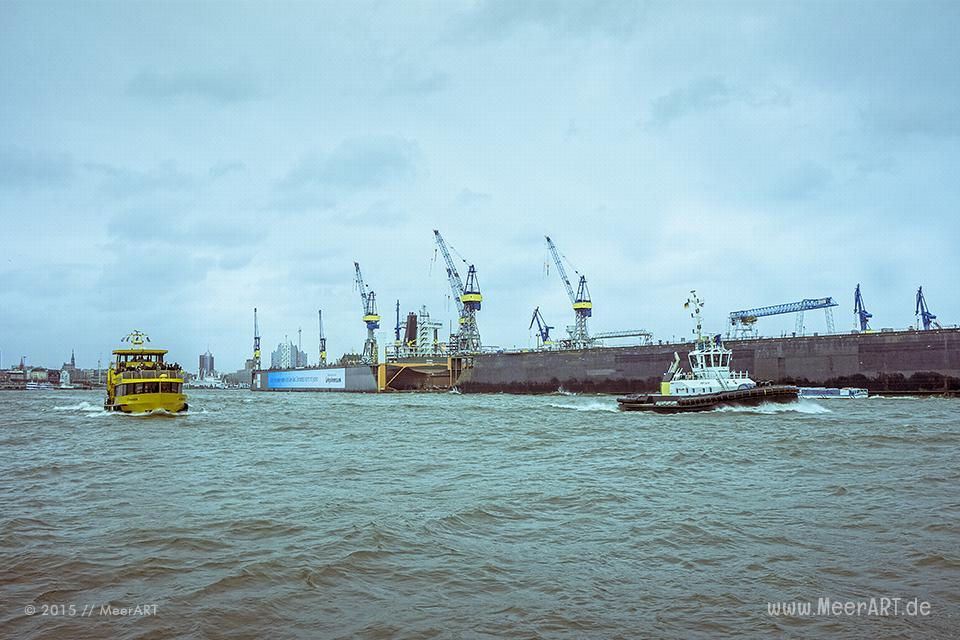 Impressionen aus dem Hamburger Hafen zwischen den Stürmen // Foto: MeerART