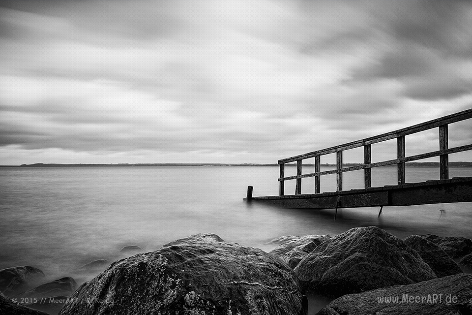 Steg an der Ostsee am Strandabschnitt beim Brodtener Steilufer // Foto: R. Kerpa