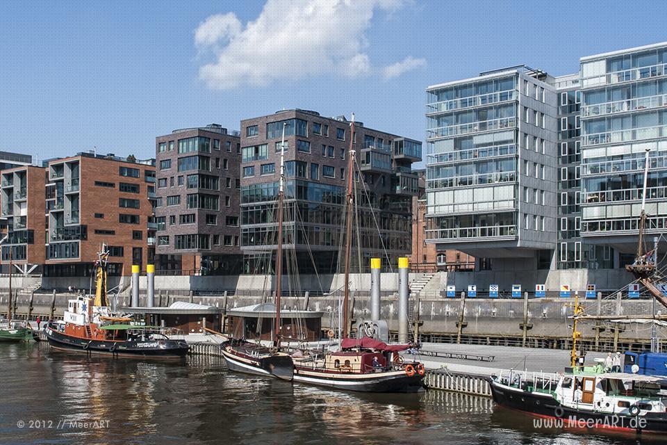 Hamburg-Impressionen / Schiffe im Museumshafen am Sandtorkai/Dalmannkai in der HafenCity Hamburg // Foto: MeerART