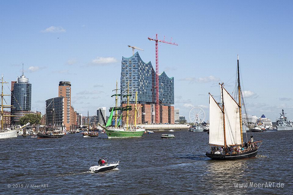 Impressionen vom 826. Hamburger Hafengeburtstag am 10.05.2015 mit vielen Traditionsseglern und Museumsschiffen // Foto: MeeerART