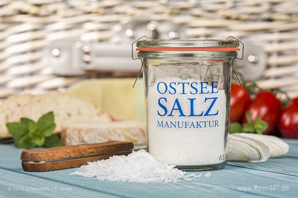 Ein regionales und handgearbeitetes Meersalz ohne Zusatzstoffe produziert von der Ostseesalz-Manufaktur // Foto: R. Kerpa