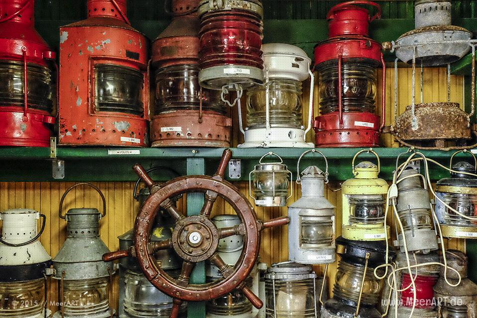 """Objekte aus der """"Maritimen Sammlung"""" von Harald Krabbe in Kaltenhof auf der Insel Poel // Foto: MeerART"""