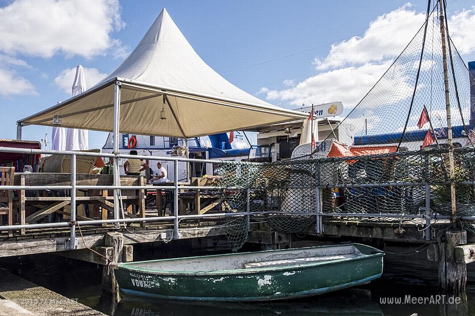 Impressionen vom alten Fischereihafen aus dem Ostseeheilbad Travemünde in der Lübecker Bucht // Foto: MeerART