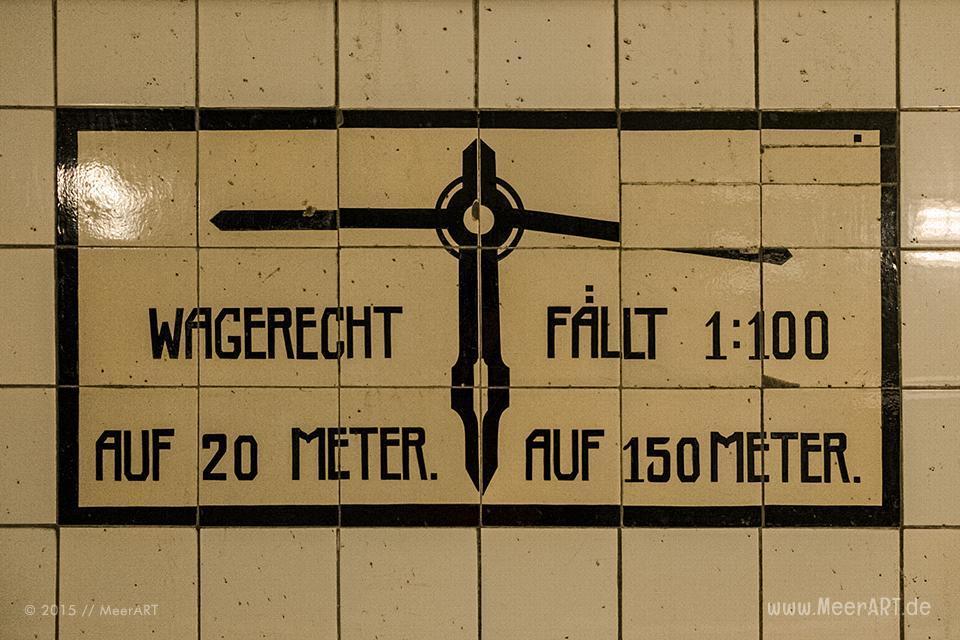 Impressionen vom 1911 eröffneten alten Elbtunnel in Hamburg // Foto: MeerART
