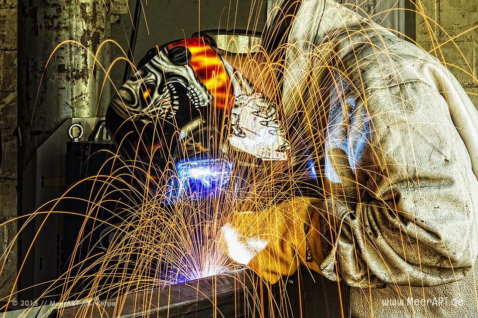 Schweißer bei der Arbeit // Foto: R. Kerpa