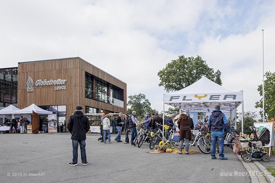 """Die Regionalmesse """"FÖRDE+FJORD"""" auf dem Gelände und in den Räumlichkeiten der """"GLOBETROTTER LODGE"""" auf dem Aschberg bei Ascheffel // Foto: MeerART"""