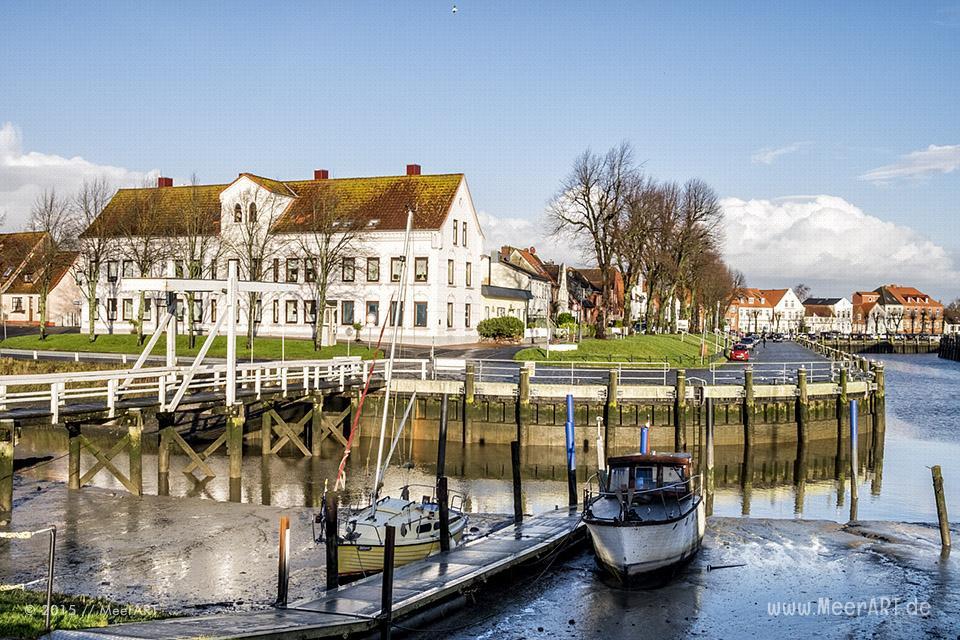 Tönning der Bade- und Luftkurort mit seinem historischen Hafen direkt an der Eider // Foto: MeerART