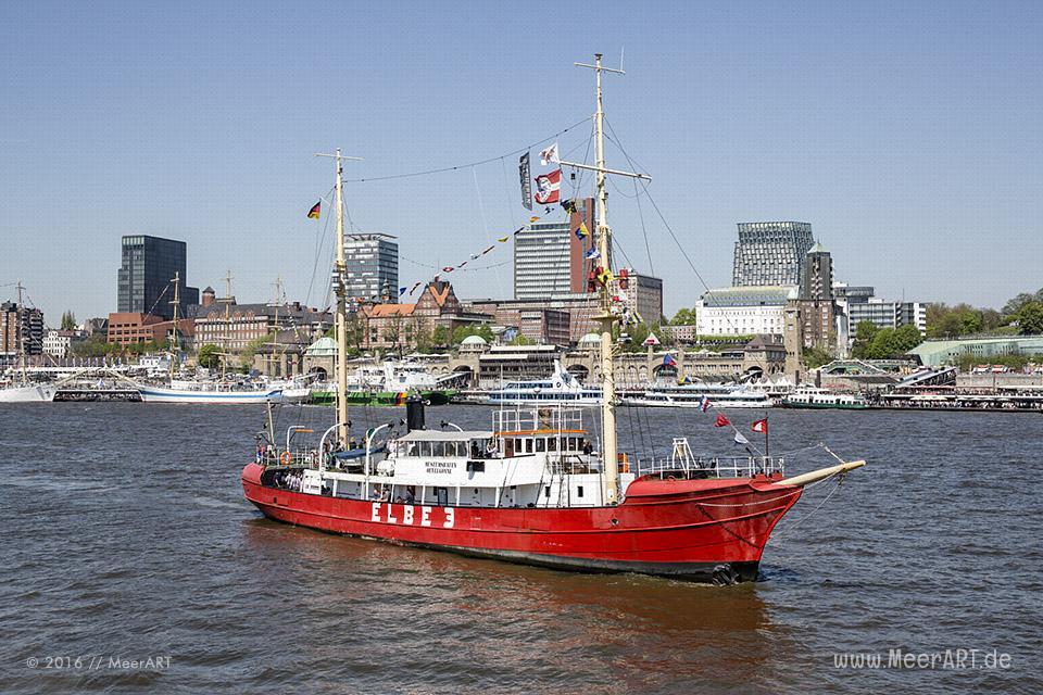 Der Hamburger Hafen feiert seinen 827. Hafengeburtstag // Foto: MeerART