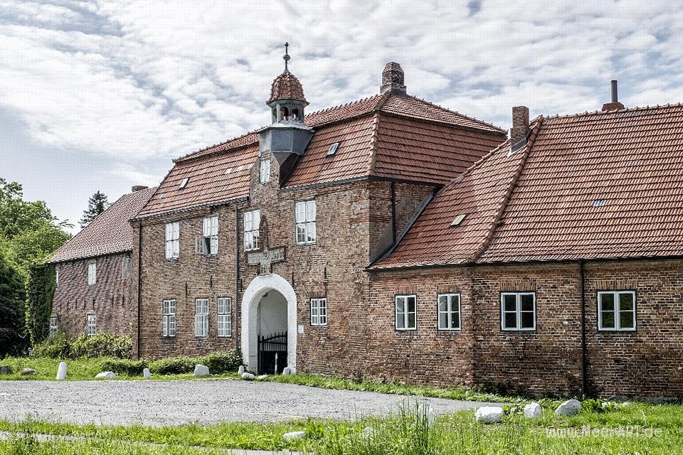 Das Gut Lutwigsburg auf der Halbinsel Schwansen in Waabs // Foto: MeerART