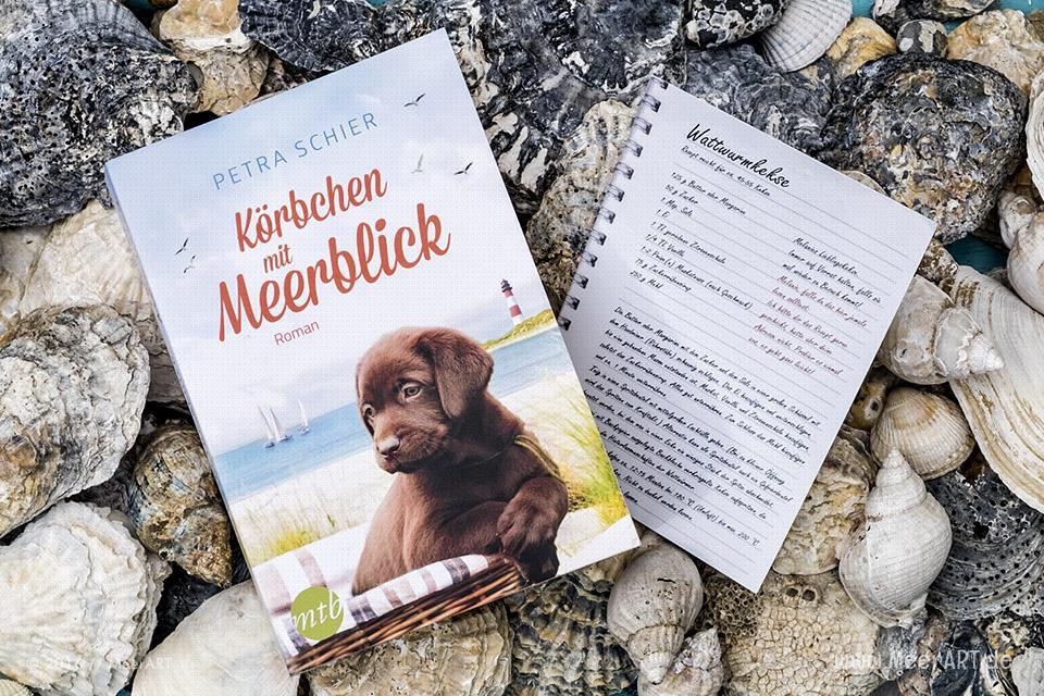 """Roman von Petra Schier """"Körbchen mit Meerblick"""" // Foto: MeerART"""