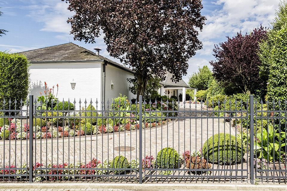 Anwesen direkt an der Suederelbe bei Bullenhausen // Foto: MeerART