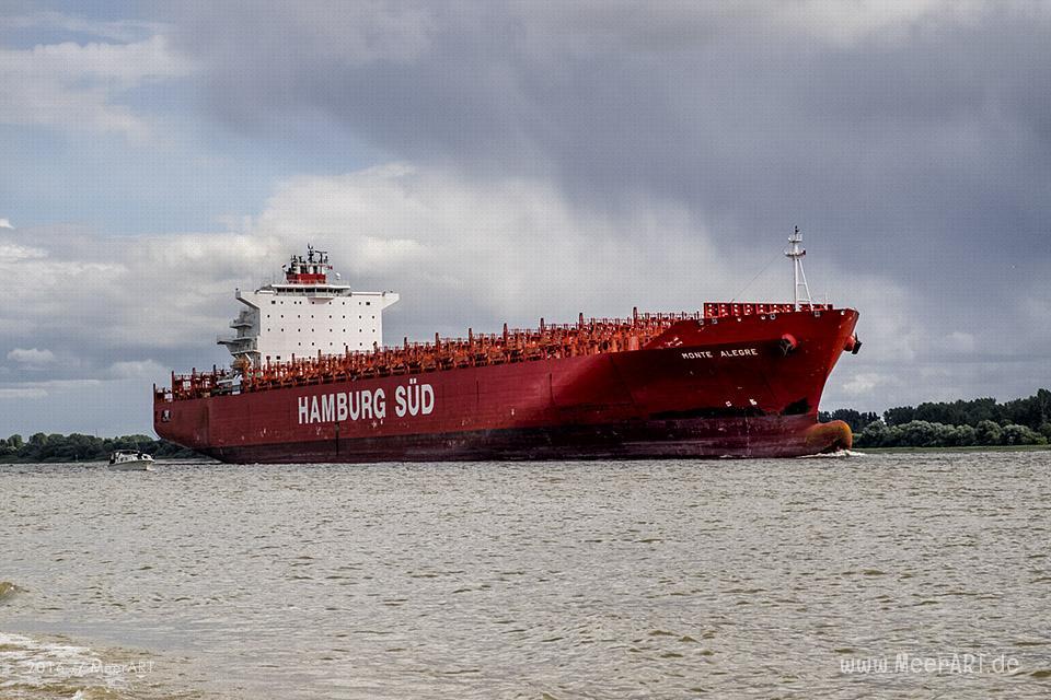 """Das Containerschiff """"MONTE ALEGRE"""" (IMO 9348065) auf der Unterelbe bei Wedel // Foto: MeerART/Ralph Kerpa"""