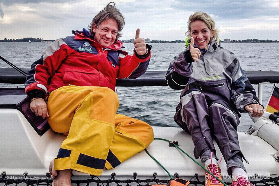 """Segelturn mit Lars und seinem Katamaran """"Desperado"""" auf der Ostsee vor Fehmarn // Foto: Lars Miniczinski"""