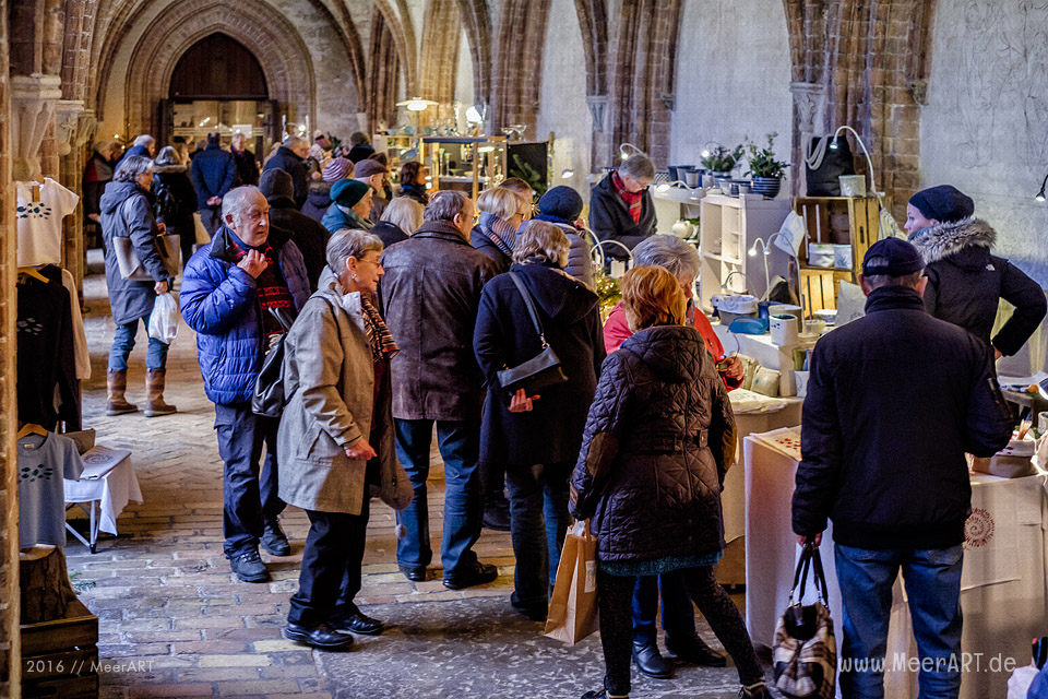Schwahlmarkt im St. Petri-Dom zu Schleswig // Foto: MeerART