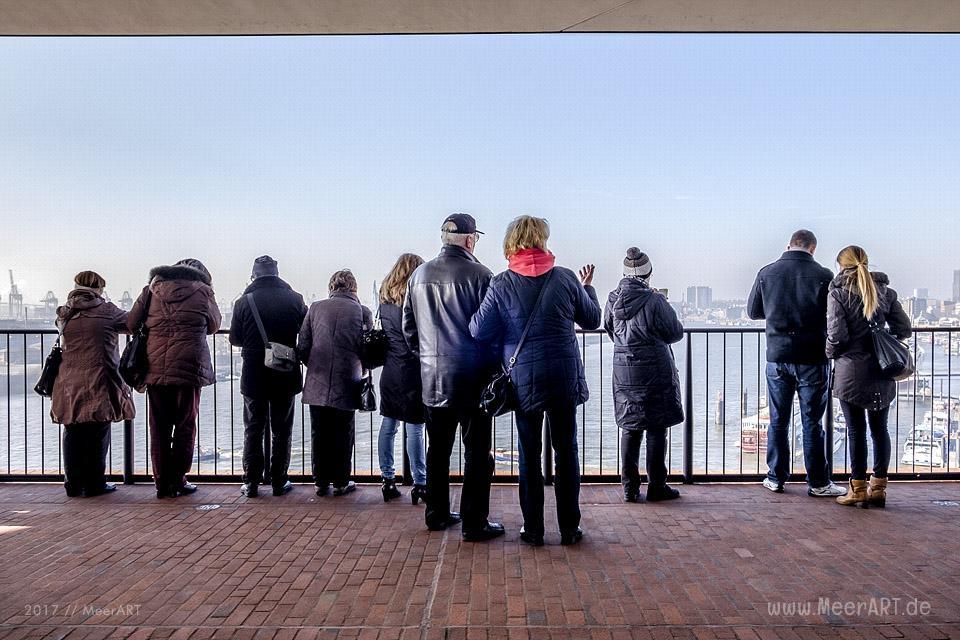 Impressionen von der Elbphilharmonie in der Hamburger HafenCity // Foto: MeerART