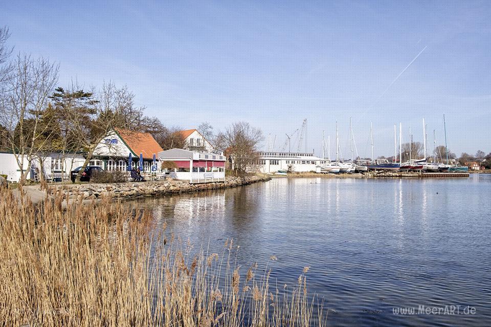 Die kleine Stadt Arnis mit der idyllischen Lage direkt an der Schlei // Foto: MeerART