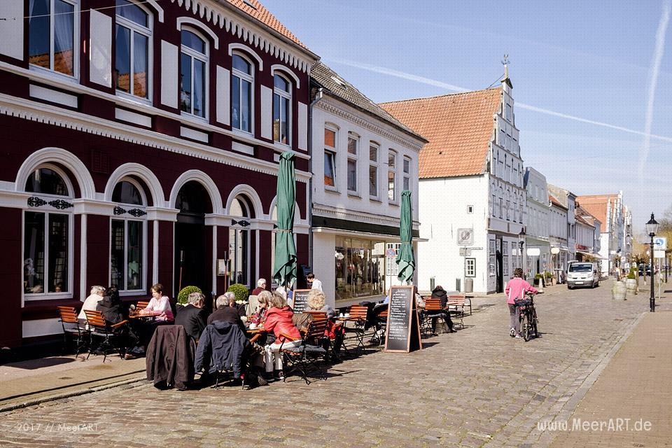 """Friedrichstadt die schöne """"Holländerstadt"""" zwischen Eider und Treene // Foto: MeerART"""