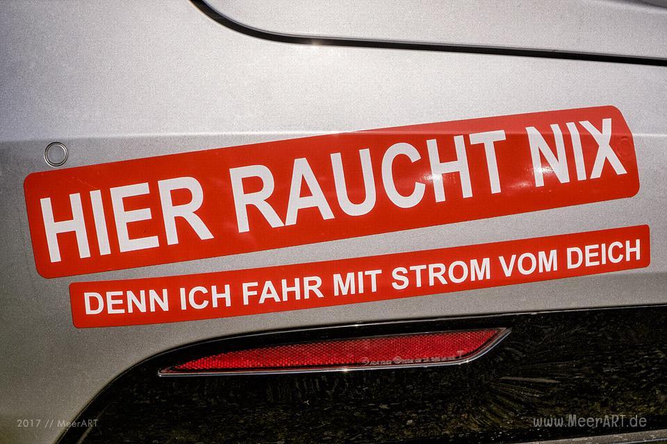Treffen von Begeisterten für Elektromobilität bei Janbeck*s FAIRhaus // Foto: MeerART
