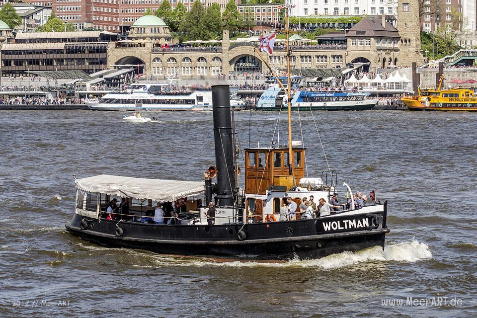 """Der Schleppdampfer """"WOLTMAN"""" auf dem Hamburger Hafengeburtstag 2016 // Foto: MeeART"""