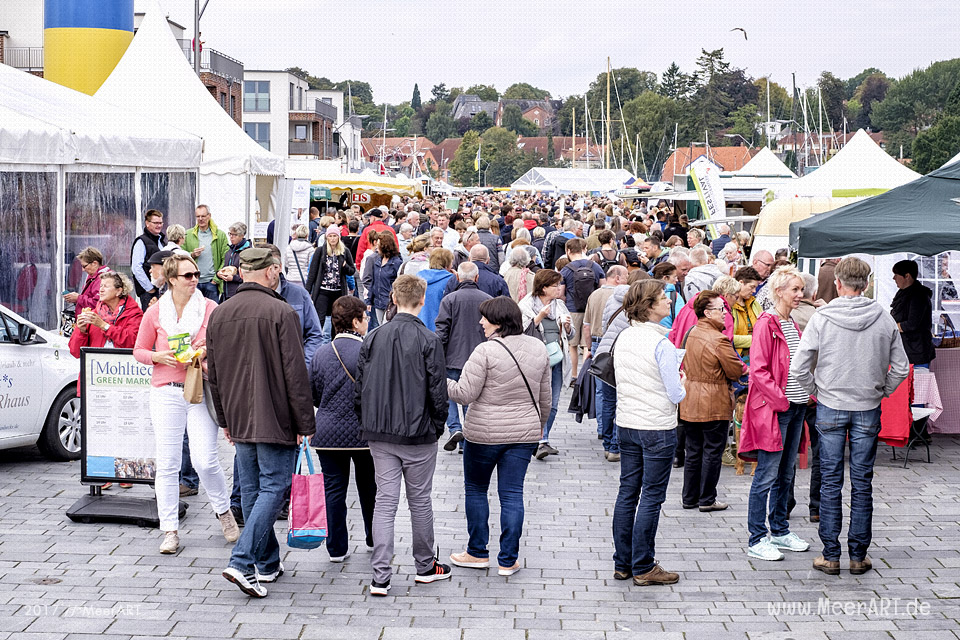 Markt der regionalen Genüsse - Der Mohltied! Green Market in Eckernförde am 17.09.2017 // Foto: Ralph Kerpa