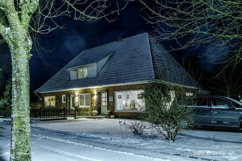 Der Winter kam in der Nacht an die Westküste // Foto: MeerART