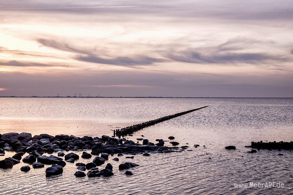 Sonnenuntergang am Dockkoog in Husum // Foto: MeerART
